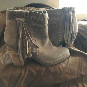 Jessica Simpson Tassle Booties, Taupe size 9.5